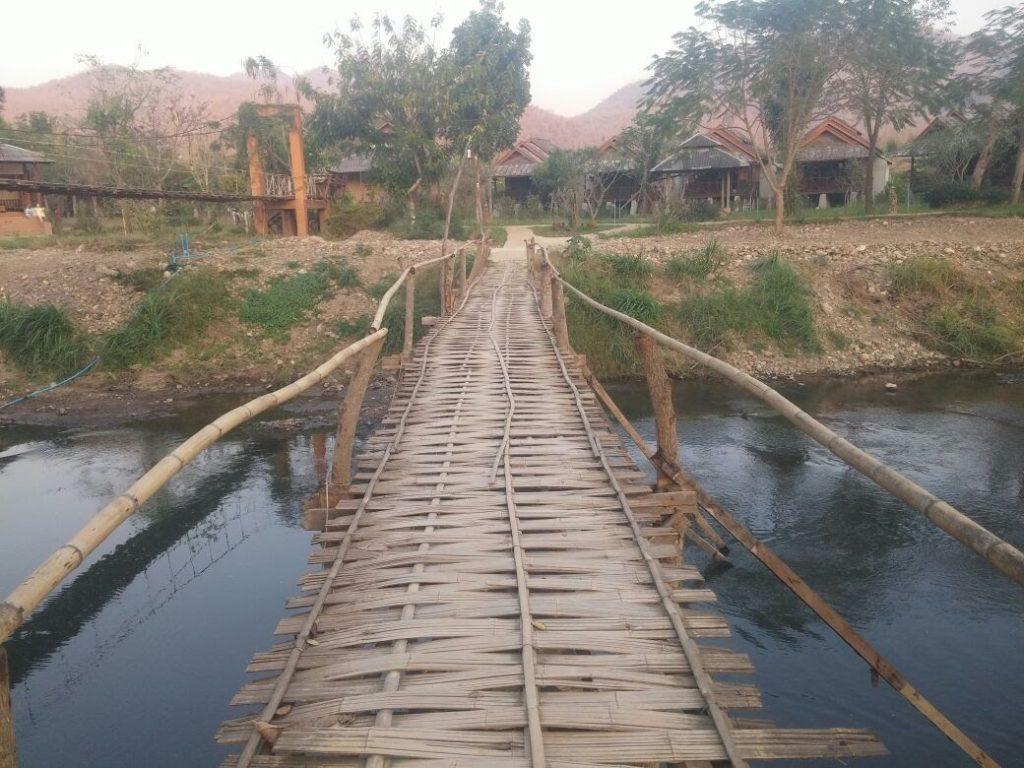 הגשר בדרך לפאי פארק