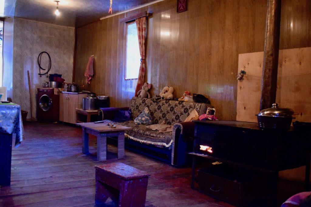 בית המשפחה בו ישנו בכפר אדישי