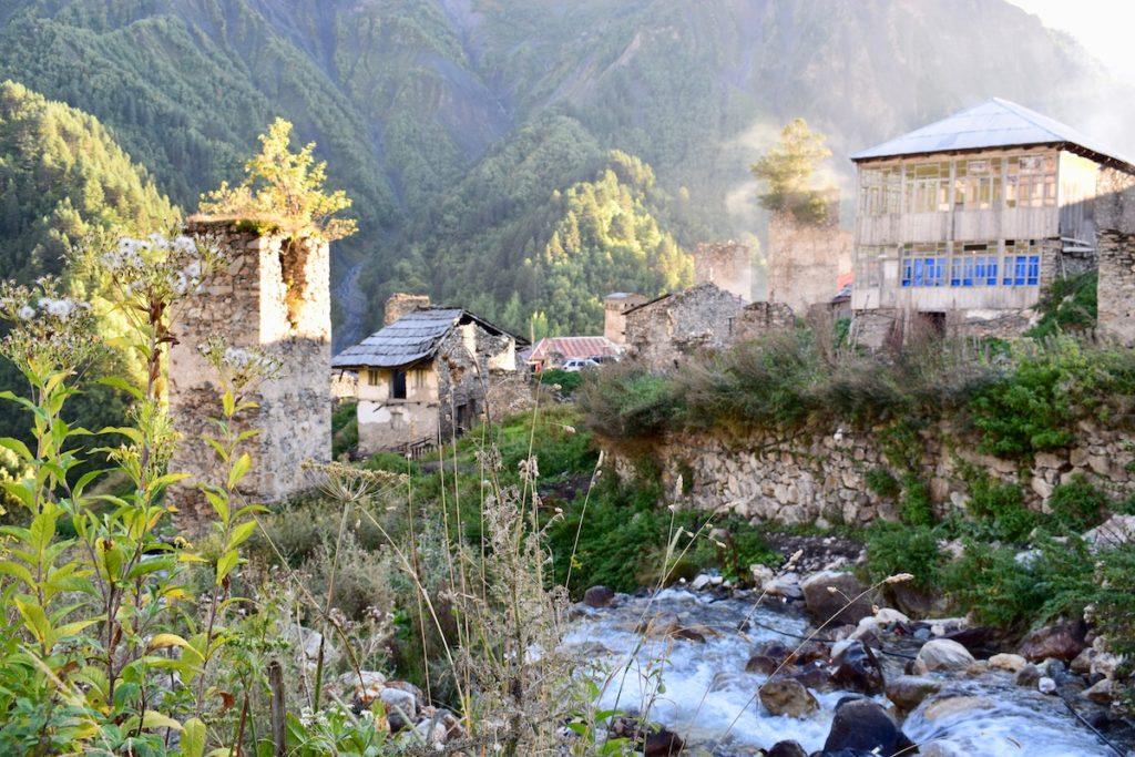 הכפר אדישי
