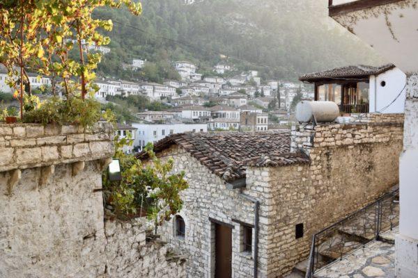 4 ימים באלבניה
