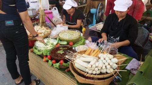 שוק לילה בצ'אנג מאי 2